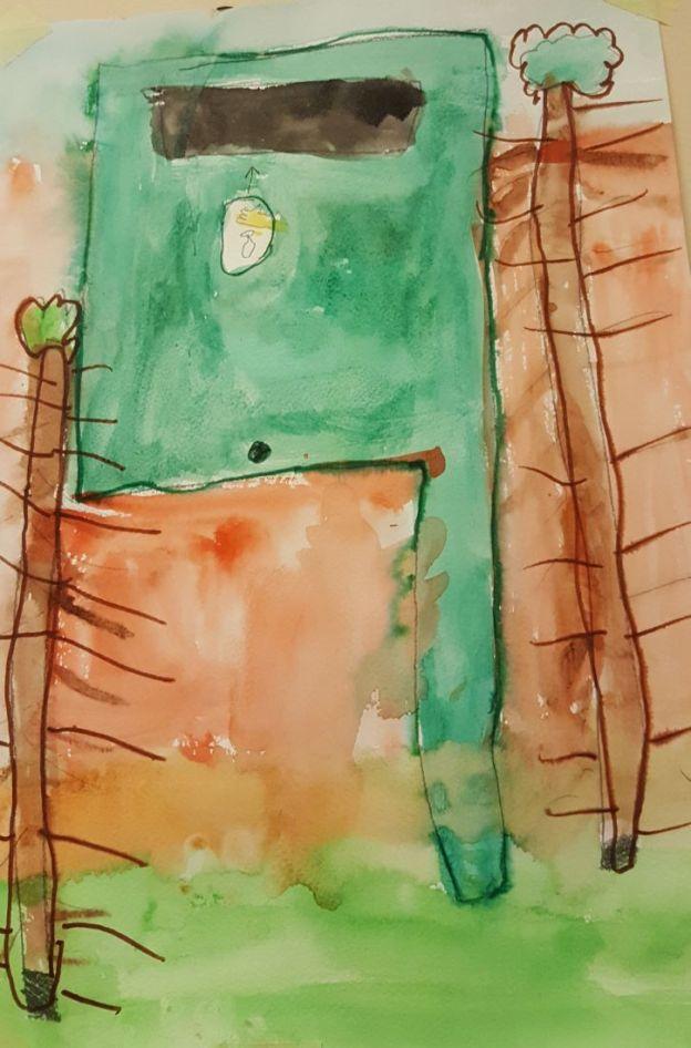 Andrea arvates tuleb koduümbrus alati puhtana hoida ning praht prügikasti panna, seepärast joonistas ta ühe sõbraliku prügikasti.
